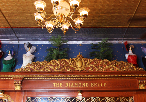 Diamond Belle Bar detail final