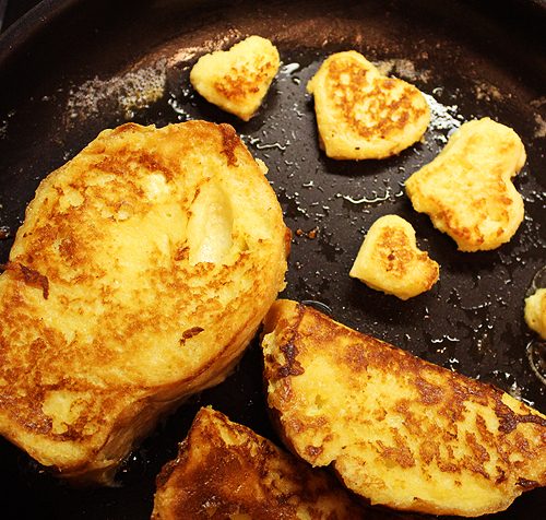 Bread and Hearts Golden in Pan