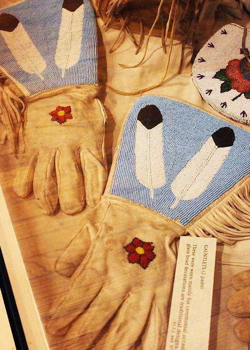 Ute Beadwork Gloves