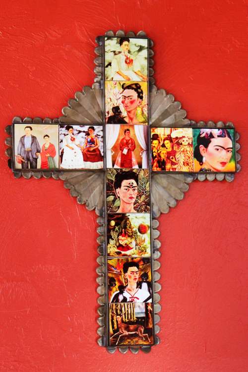 Frida Cross